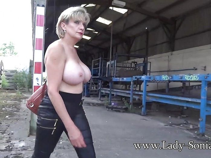 Lady Sonia Nude Video